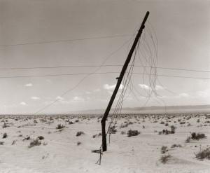Telefoonpaal-woestijn-Tunis